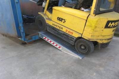 Rampes pour containers en Aluminium